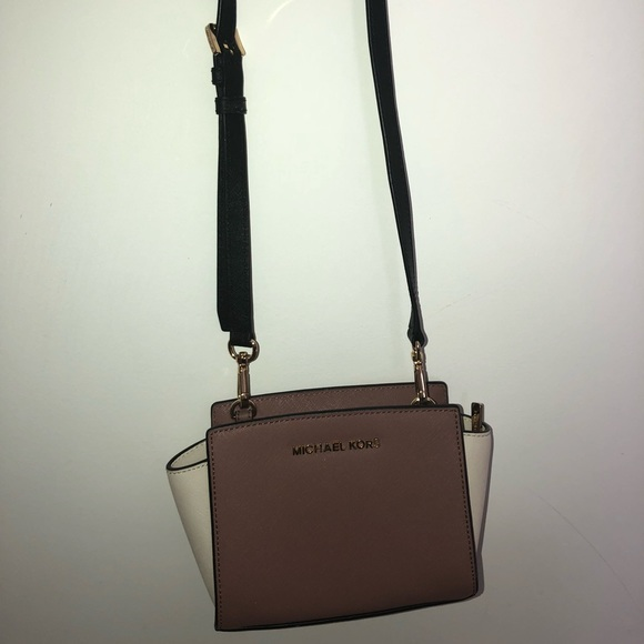 ea5976d1563e Michael Kors Bags | Mini Cross Body Bag | Poshmark
